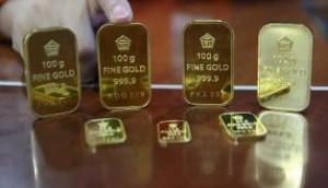 Harga Emas di Pasar Global Naik, di Pasar Domestik Turun