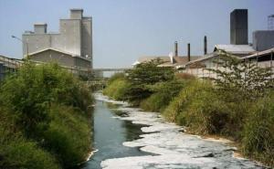 415 Hektare Sawah di Bandung Tercemar Limbah Industri